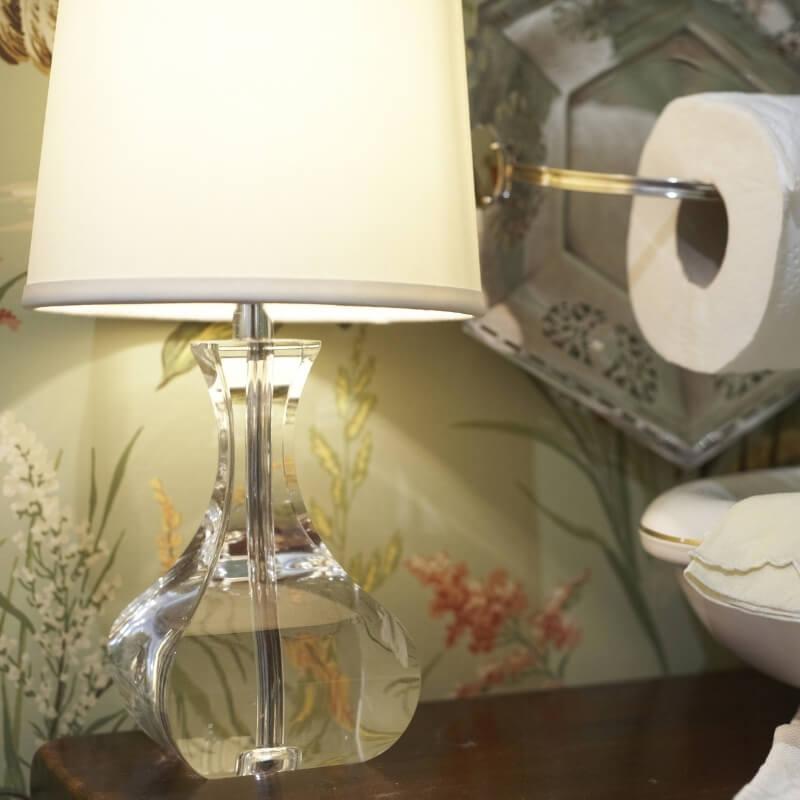 accessorise with lamp washroom design ideas